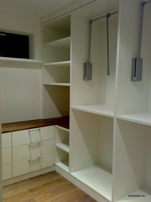 bettstatt manufaktur inh ulf schmidt schrankraum. Black Bedroom Furniture Sets. Home Design Ideas